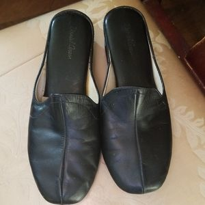 Daniel Green Leather Slides
